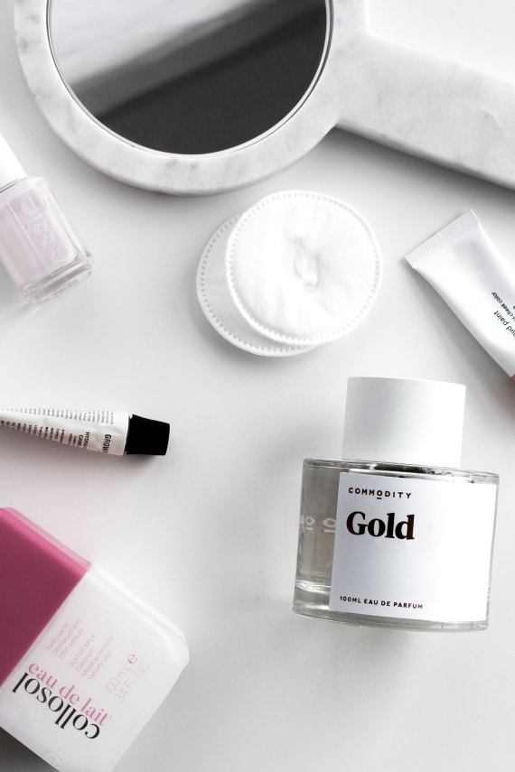 Beauty favorites February 2018 | Commodity Gold perfume, Grown Alchemist Day Cream, Collosol Eau de Lait, Glossier Puff, Glossier Cloud paint puff