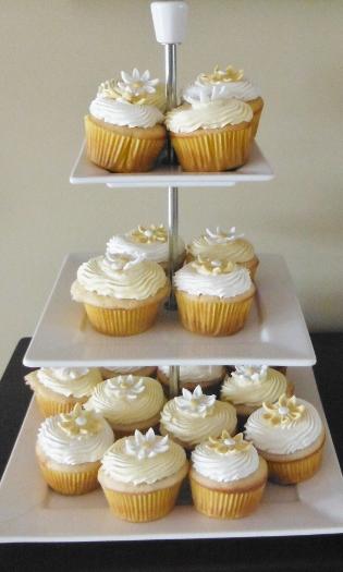 Lavender Vanilla Ercream Frosting Recipe From Recipeswithessentialoils Com