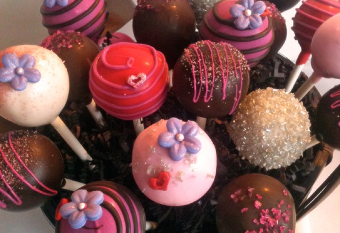 Valentines Day Cake Pops Think Outside The Red Box