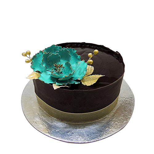 Chocolate Blue Flower Cake