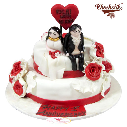 wedding cake couple lovely cake chandigarh cakes delivery home 22260