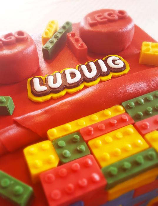 Lego cake - Legotårta
