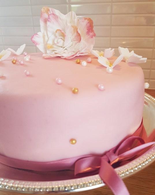 Rosa tårtdröm