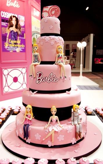 Unique Red Velvet Cake