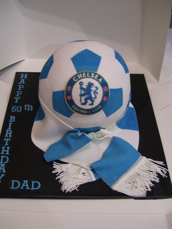 chelsea-football-team-logo-cakes-cupcakes-mumbai-25