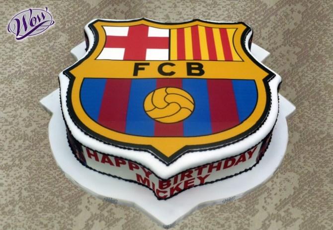 fcb-football-team-logo-cakes-cupcakes-mumbai-10