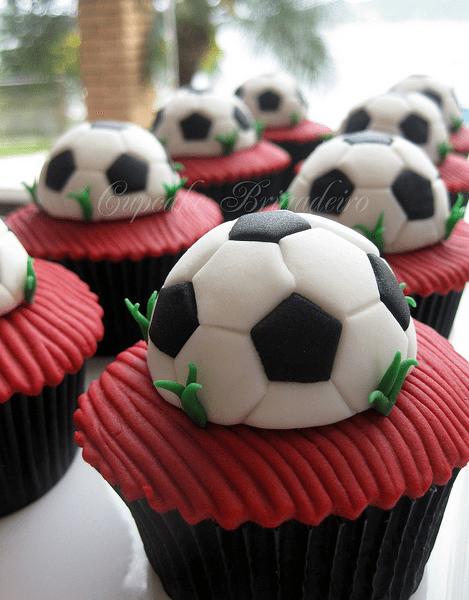 football-team-cupcakes2