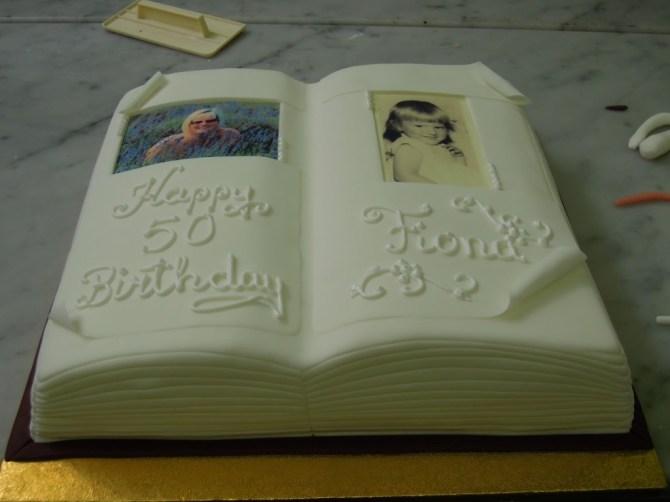 book-novels-lovers-cakes-cupcakes-mumbai-32