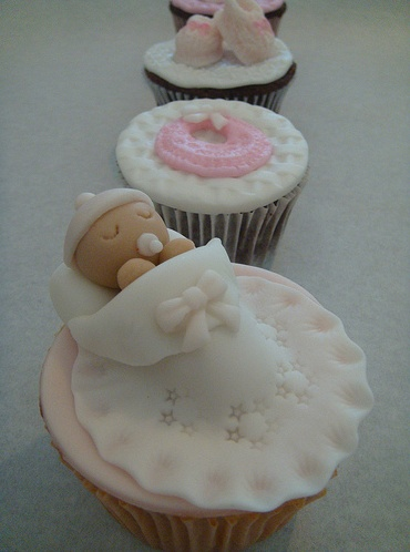 baby-shower-boy-girl-cakes-cupcakes-mumbai-13