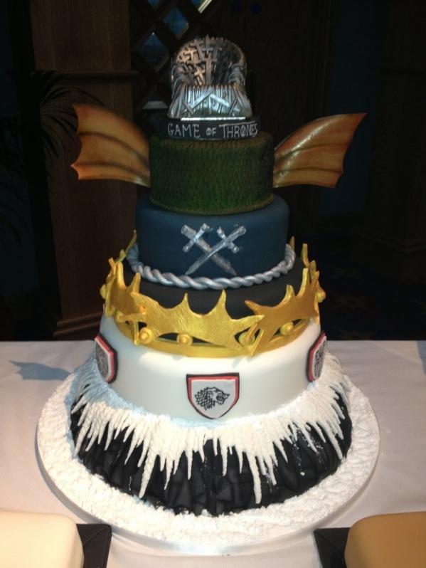 game-of-thrones-multitier-tv-shows-cakes-mumbai-15