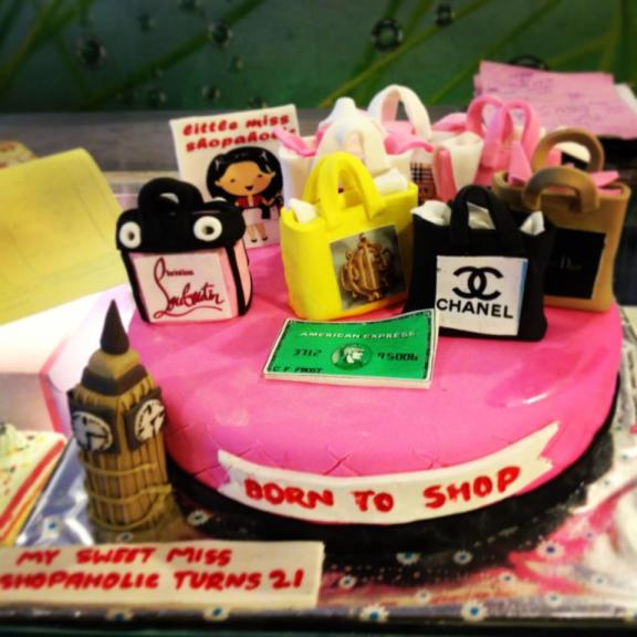 shopaholic-born-to-shop-shopping-theme-cakes-cupcakes-mumbai-29