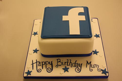 facebook-logo-technology-theme-cakes-cupcakes-mumbai-20