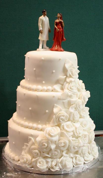 wedding-cake-indian-mumbai-white