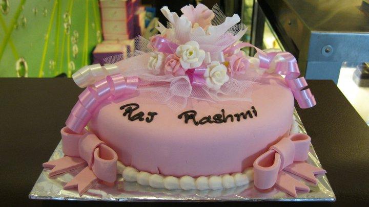 pink-florals-designer-cakes-cupcakes-mumbai-65