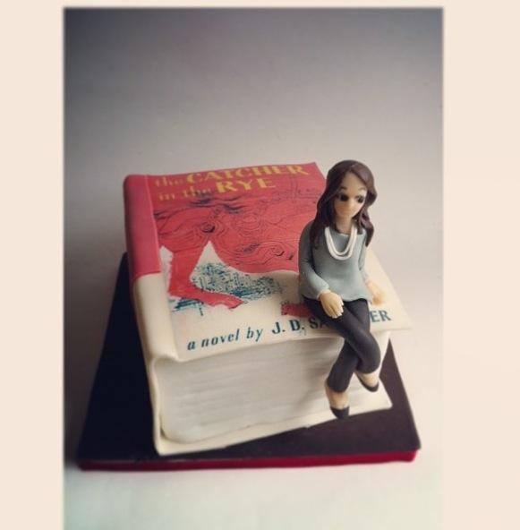 novel-designer-theme-birthday-wedding-engagement-cakes-cupcakes-mumbai-45