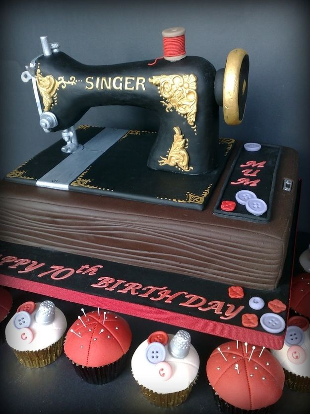 sewing-machine-designer-theme-birthday-wedding-engagement-cakes-cupcakes-mumbai-66