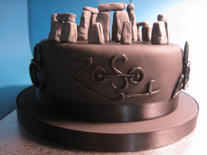 led-zeppelin-music-theme-customised-cakes-cupcakes-mumbai-buy-online-15
