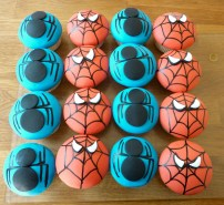 Spiderman cupcakes 1,75/stuk