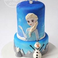 """Elsa & Olaf """"Frozen"""" Cake"""