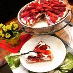 Tarte aux fraises, chocolat blanc et coeur de confiture de fraises