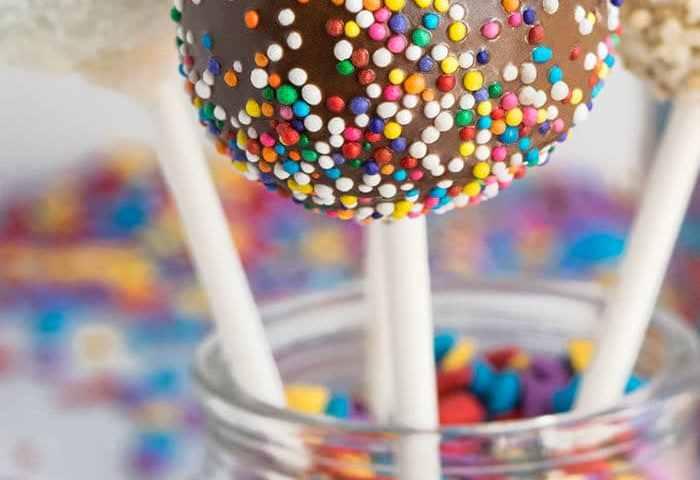 How To Make Cake Pops And Cake Balls Cakewhiz
