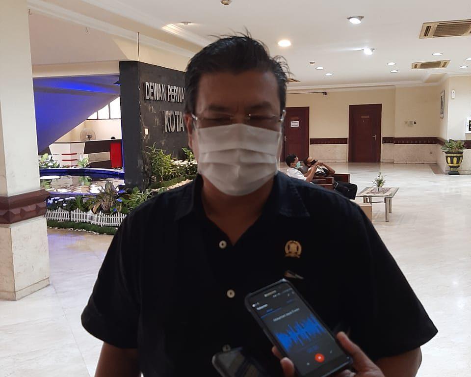 Jhon Thamrun anggota Komisi B DPRD Surabaya