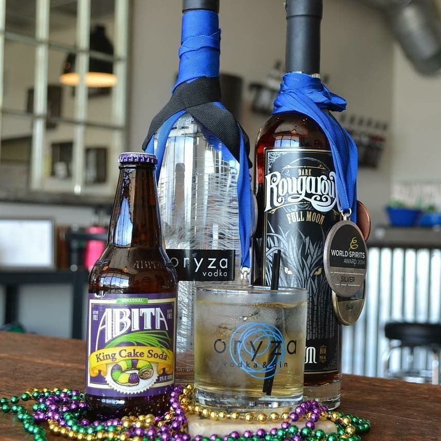"Just reposting a parade-side gem. Easy-peasy #lalocal, #mardigras-in-a-cup. … Repost from @dpdistillers: The ""Mardi Gras…"