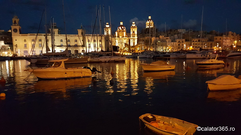 Valeta, Senglea, Malta by night