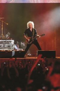 Brian May, chitaristul trupei Queen vine in Bucuresti
