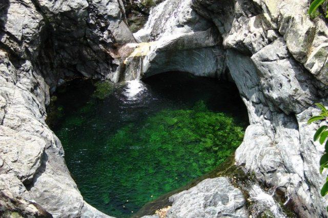 piscina-naturala-in-Samothraki