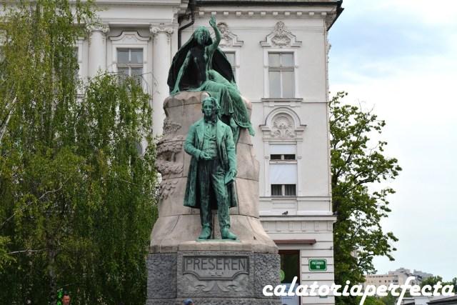 Statuia poetului national Preseren