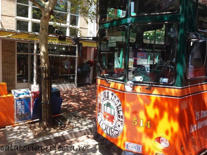 trolley bus tour WASHINGTON
