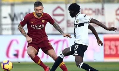 Aleksandar-Kolarov-Gervinho-Parma-Roma