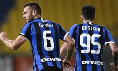 de Vrij Bastoni Inter