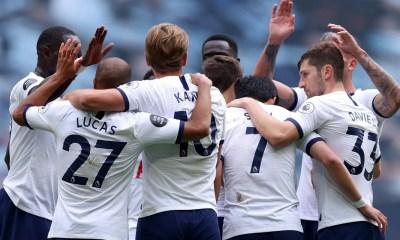 Esultanza Kane Lucas Tottenham