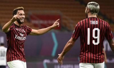 esultanza gol Hakan Calhanoglu Theo Hernandez Milan