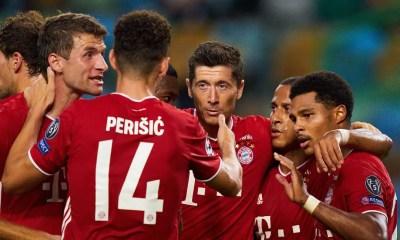 Esultanza gol Gnabry Perisic giocatori Bayern Monaco
