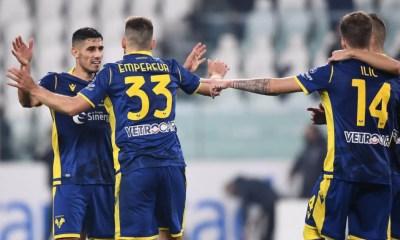 Esultanza giocatori Verona