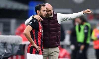 Stefano Pioli-Hakan Calhanoglu Milan