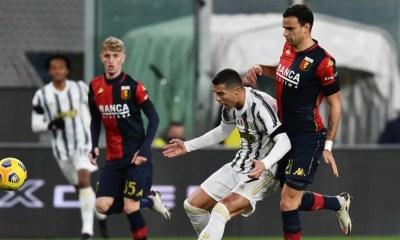 Cristiano Ronaldo-Ivan Radovanovic Genoa-Juventus