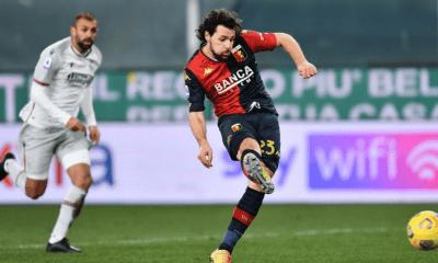 gol Mattia Destro Genoa-Bologna