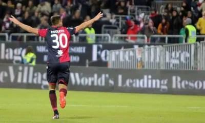 Esultanza-gol-Pavoletti-Cagliari