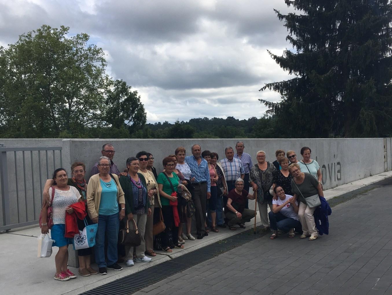 Cruz Roja Maceda disfruta de un día diferente en Balneario Caldas de Partovia