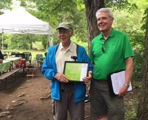 Albert McMaster receiving 2016 Isabel East Award