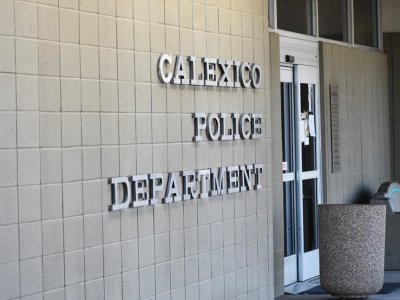 Calexico Fire and Police Chiefs, Some Merchants Favor Locked Alley Gates