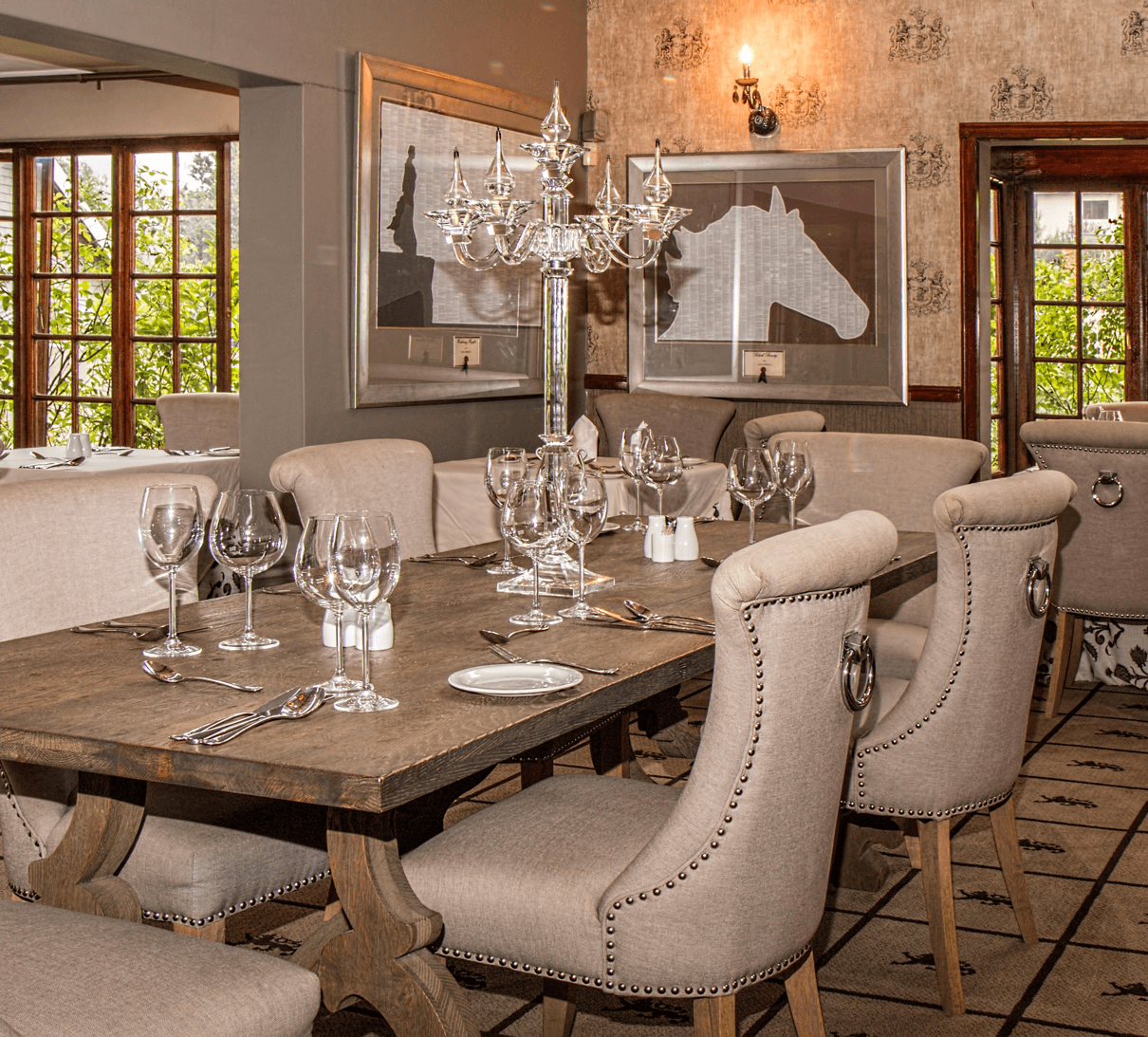 Charming and Cheap Decor Ideas: Formal Dining Room ... on Dining Room Curtains Ideas  id=90198