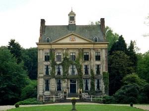 Parisoldhouse