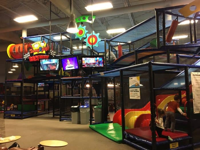 Places Where Kids Can Eat And Play