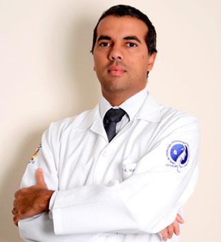 Dr. Yan Muller