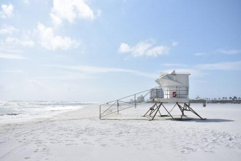 beach-2213618_1920.jpg
